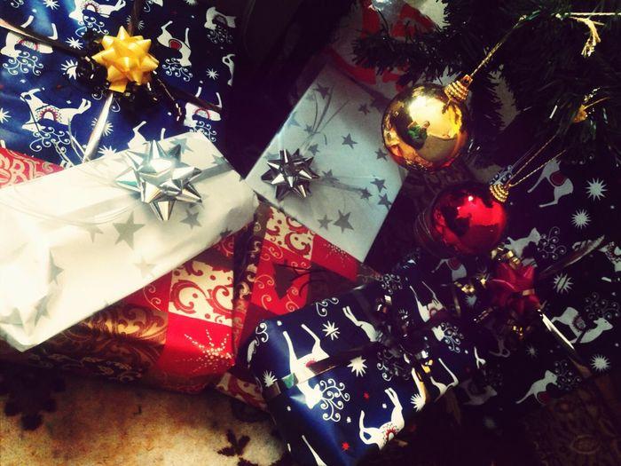 Geschenkeeeee :-) Merry Christmas! So Schön! ♡ Will Das Auspacken!! *-*