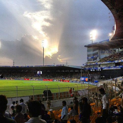Had a great evening watching RR VS DD !! Ipl Ipl2014 Iplt20 Hallabol rajasthanroyals blue stadium sunset dawn evening lights massive crowd support locals won