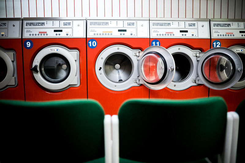 ..when your washing machine dies on Saturday (RIP) .- Karma gives you a motive.. / launderette views Saturday Hamburg In A Row Laundry Laundry Day Machinery Open Edit The Still Life Photographer - 2018 EyeEm Awards Uhlenhorst Urban Geometry Waschsalon Washing Washing Clothes Chairs Eye4photography  Geometry Household Equipment Indoors  Laundrette Laundromat Side By Side Symmetry Waschküche Washing Machine Wäscherei