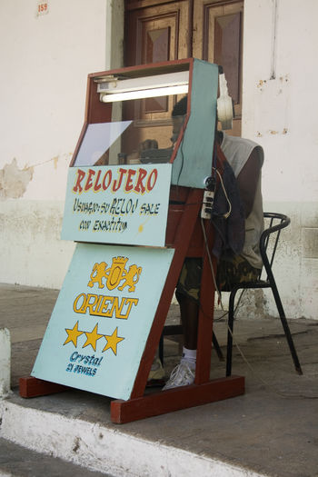 Chair Communication Cuba Day Havana La Habana Outdoors Street Workers Text Watchmaker Miles Away