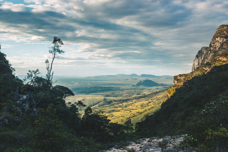 Golden hour in my favourite national park of Brazil - Chapada Diamantina. Beauty In Nature Cliff Cloud - Sky Darkness And Light Day Discover  Explore Forest Landscape Light And Shadow Mountain Mountain Range Mountains Nature No People Outdoors Rock - Object Scenics Sky Sunset Table Mountain Tranquil Scene Tranquility Tree Valley Sommergefühle Lost In The Landscape The Great Outdoors - 2018 EyeEm Awards