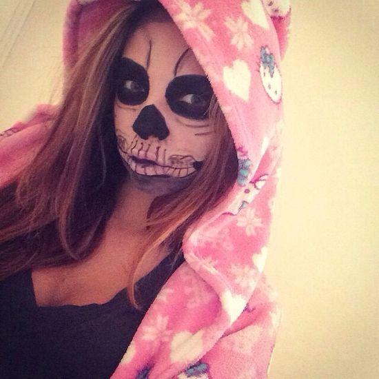 Makeup halloween in pajamas ? Makeup Halloween Pajamas Hello Kitty <3