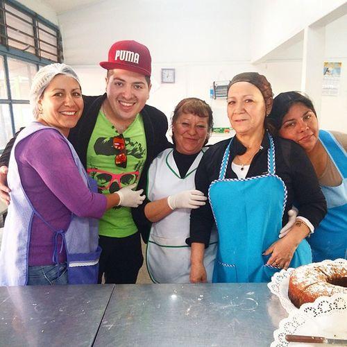 Ayer con la Gente Hermosa que me Permitio Ayudar con un GranitoDeArena !! Poblacion LaBandera SanRamon Gracias!!