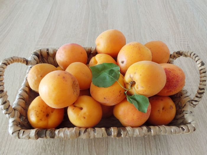 Apricot Apricots Basket Basket Of Fruit Close-up Food Food Photography Food Porn Freshness From Above  Fruit Fruit Photography Fruits Green Leaves Green Leaves. Group Of Objects Healthy Eating Large Group Of Objects No People Orange Color Organic Ripe Still Life Beautiful Organized