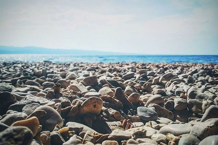 Croatian Beach 😊🌊 Shingle Gravel Oceanside Oceanporn Ocean Oceanview Pebble Pebbles Pebblebeach Focus Focused Stone Stones Sky Horizon Naturelove Nature Naturelover Naturelovers Nature_perfection Water Water_captures Landscape Landscapelovers Landscape_lovers landscape_captures