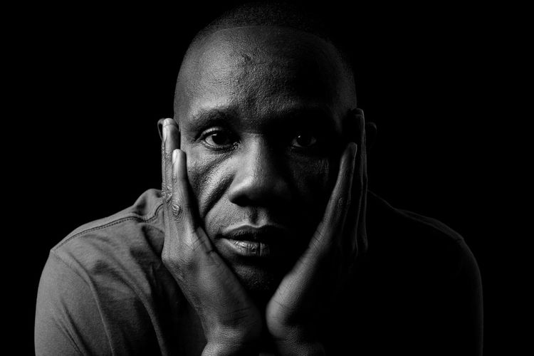 We are all the same - Refugees are welcome Portrait Black Background Serious One Person One Man Only Front View Only Men Studio Shot Looking At Camera Headshot Mid Adult Shaved Head Young Adult Completely Bald Adults Only Men Handsome Real People Adult People EyeEmNewHere EyeEmNewHere EyeEmNewHere Black And White Friday EyeEm Ready   The Portraitist - 2018 EyeEm Awards The Creative - 2018 EyeEm Awards