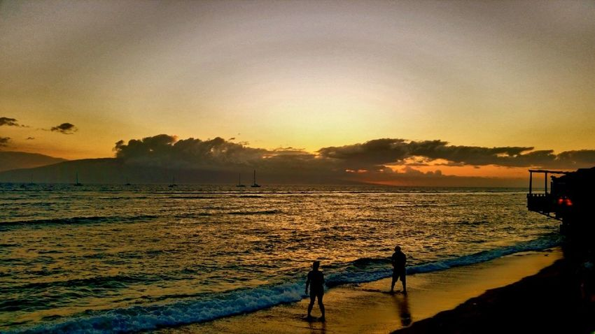 Beach Beauty In Nature Hawaii Horizon Over Water Idyllic Incidental People Maui Maui Life Mauiphotography Nature Non-urban Scene Orange Color Outdoors Remote Scenics Sea Shore Silhouette Sky Sunset Tranquil Scene Blue Wave Vacations Water Done That.