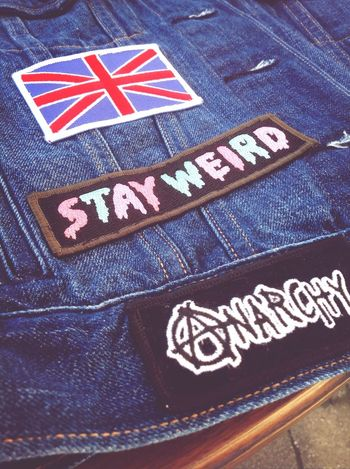 New patch on my vest! Patch DIY Stay Weird