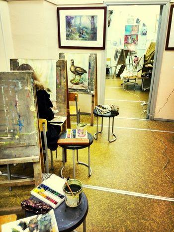 art school))