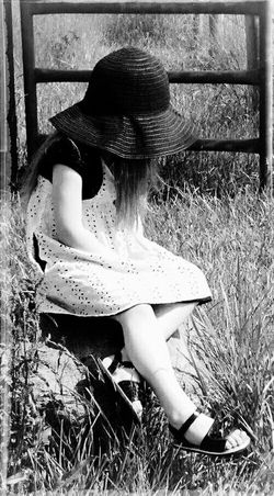 Sitting Leisure Activity Lifestyles One Person Outdoors Real People Day Beauty Younglife Beauty Girl Beauty Is In The Eye Of The Beholder Blackandwhite Photography Blackandwhite Country Life N Natural Beauty Eye4photography  Eyeemmarket EyeEm Best Shots EyeEmBestPics Nature Young Adult People