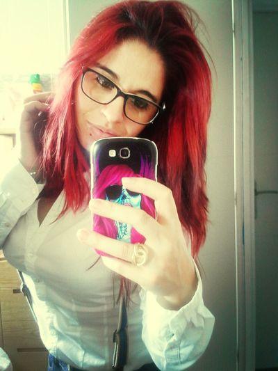 Me hi :)
