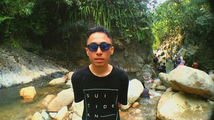 Holiday😯🙌 WLDYpict Mi4icamera Waterfall Ribet Hill Valey Wisatasentul Bogorcity INDONESIA