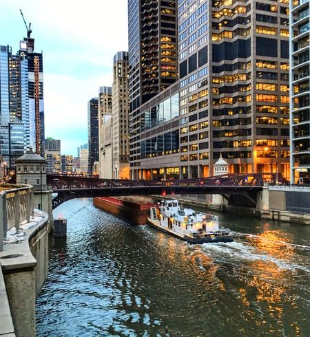 Chicago Loop Chicago Classic Architecture Chicagoriver Chicago Architecture Construction Barge EyeEm City Shots EyeEm Gallery EyeEm Best Shots Friday Night Lights Bright Yellow Colors Most Beautiful  Cityscapes Details Glowing Reflections And Shadows Chicago River Chicago Illinois