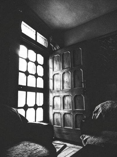 Indoors  Window Sunlight No People Shadow Architecture Day Built Structure Grainy Images PhonePhotography Mobilephotography Monochrome Blackandwhite