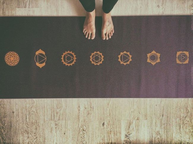Yoga ॐ Yoga Yoga Mat Yogaeverydamnday Yogagirl Yoga Practice Yogatime Yogainspiration Yogateacher Yoga Feet Yogaeveryday Yogaeverywhere 7 Chakras Chakras Chakrahealing Balance Balance Your World Time For Yoga Time For Yourself EyeEmNewHere
