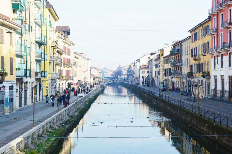 Architecture Building Exterior Built Structure Christmas Tree City Day Italia Lombardy Milan Milan Italy Milano Milanocity Navigli Navigli Milano Naviglio  Naviglio Grande Naviglio Milano Naviglio Natale Navigliogrande Outdoors Sky Trees Water Water Reflections Water Surface