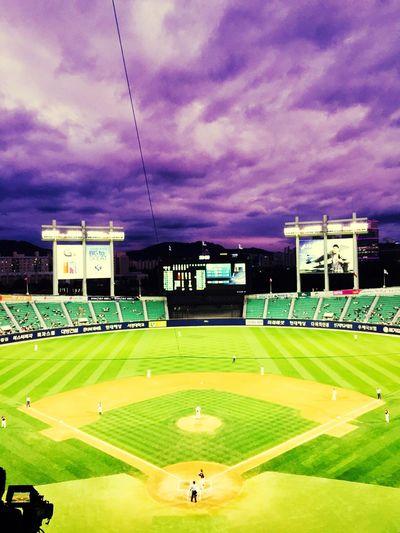 Dawooni Baseball Rainy Days