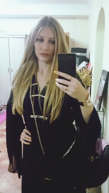 Me :) Me Girl Girl Power Girly Girl Portrait Beauty Beautiful Woman Beautiful Girl Beautiful People Long Hair Blonde Hair Blonde Blondie Blond Girl At Home Sweet Home Abaya Abaya And Hijab Times Saudi Arabia Ad Dammam Go Out