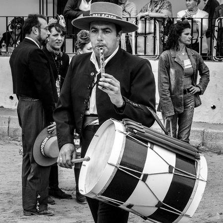 Romería de El Rocío. Huelva. Andalucía. España. Triana Tradiciones Andalucía Elrocio Streetphotography Andalusia Monochrome Fotocallejera Huelva