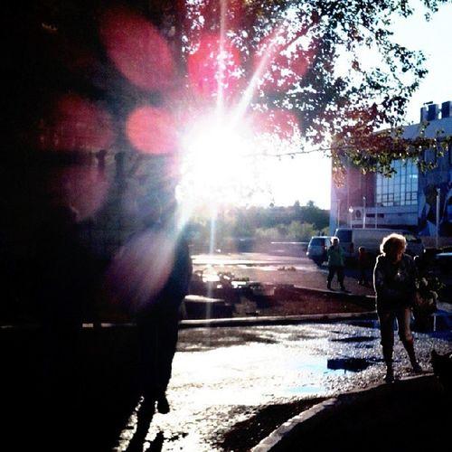 После дождя очень хорошо. последождя краснокаменск фотодлядуши лужи солнце м Sun Sad HotSun Hot Follow4follow Followme Mylife Mylove Like