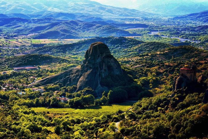Meteora Meteora Greece Meteora Monasteries Rocks Rock Formation Mountains Hills Valley River Forest Nature Landscape Landscapephotography Kalampáka Kastraki Tranquil Scene Travel Destinations Beauty In Nature Day Autumn Autumnafternoons Outdoors Climbing Unesco UNESCO World Heritage Site
