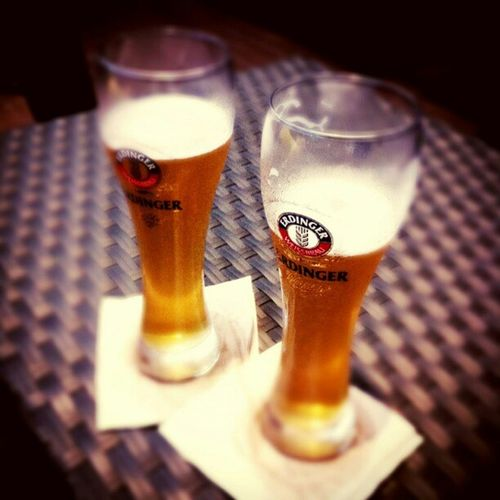 Cheers.. Drink 2Glass Beers PhotoOfThrNight Satnite Kuta