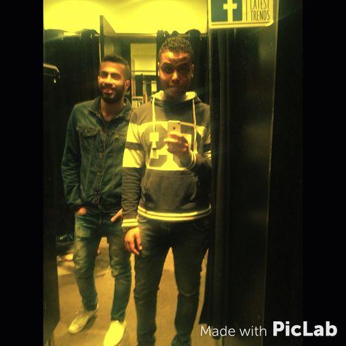 Me Kaseem Bro Brishka Shoping😊👍👟👕