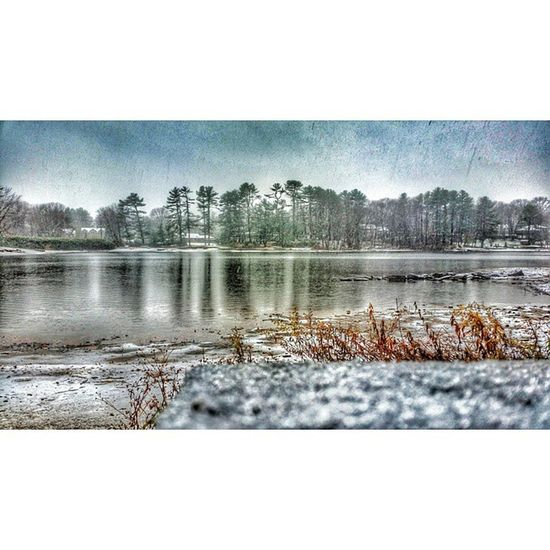 Let it snow, let it snow, let it Snow ! Winter Noreaster Eastcoast lake cold