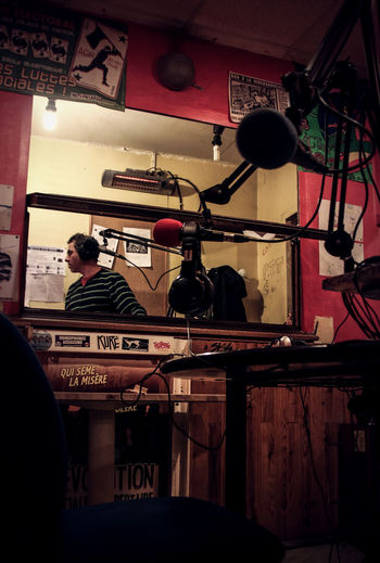 Micro Radio Studio Day Indoors  Men Microphone Mike On The Radio! People Real People Sound Boom Text