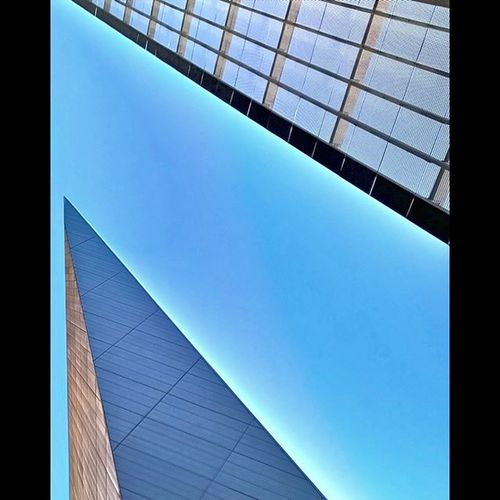Exhibitioncentre Architecture Afternoon Lumia930 winphan nban wp8au