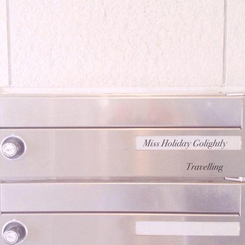 Book Cinema Film MOVIE Mailbox Holiday Hollygolightly Travelling Trumancapote BlakeEdwards Henrymancini Breakfast At Tiffany's Audrey Hepburn 🎶Audrey Hepburn - Moon River
