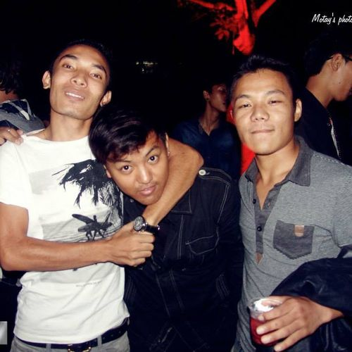 Party Time Partypartyparty . Fridaynight With Friends