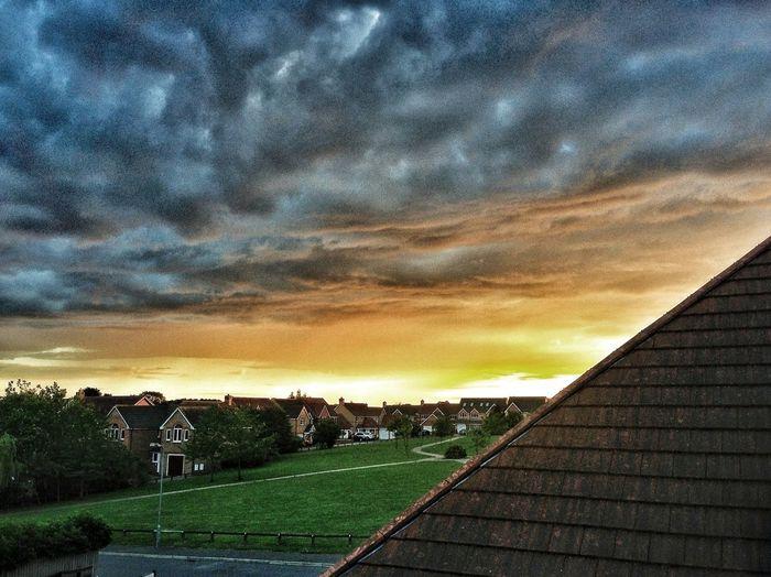 Evening Sunset Sunset #sun #clouds #skylovers #sky #nature #beautifulinnature #naturalbeauty #photography #landscape Evening Sky Clouds And Sky