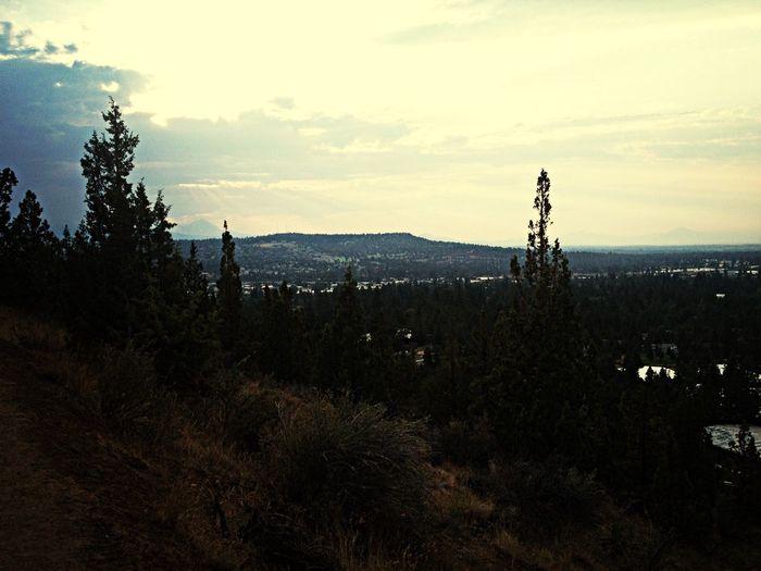 Walking Pilot Butte Enjoying Life Relaxing Beautiful