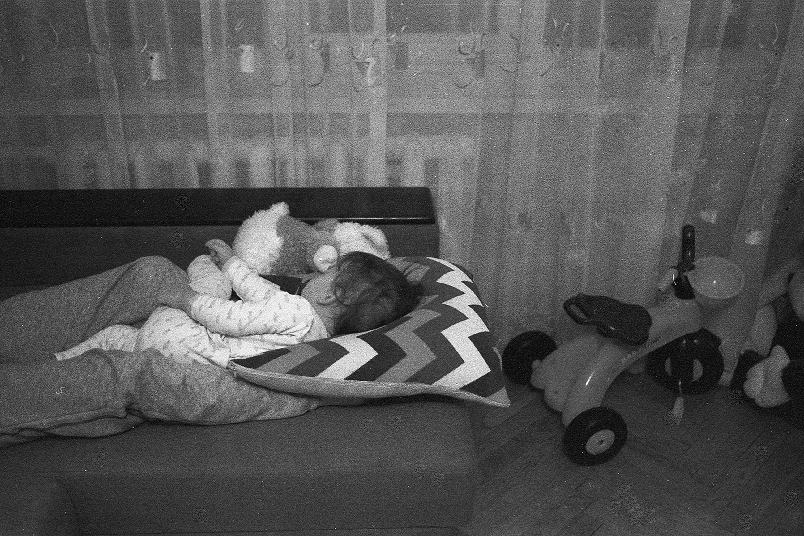 indoors, sleeping, no people, childhood, day