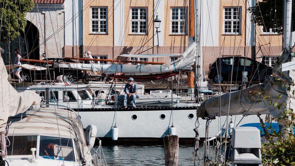 Copenhagen Denmark Streetphotography Canal People Boat Travel Traveling EyeEmBestPics Eye4photography  EyeEm Gallery EyeEm Best Edits EyeEm Best Shots Eye Em Travel Embrace Urban Life Hanging Out People Of The Oceans