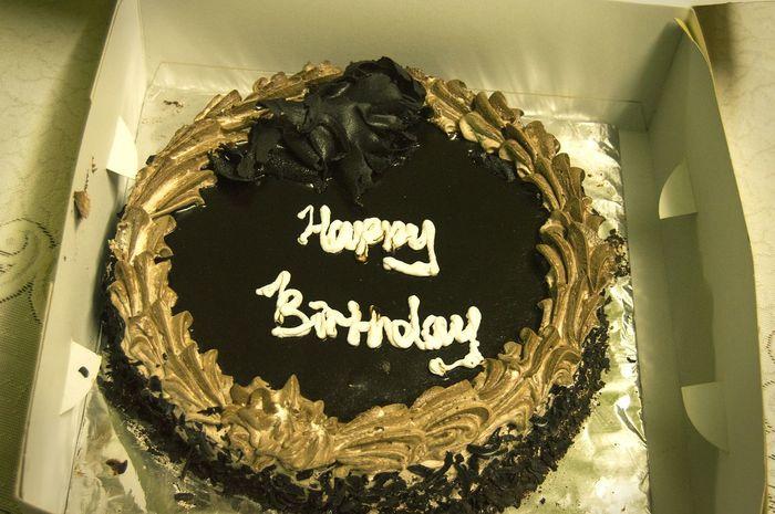 Hey There :) My Click !♥ Amazing Shot Feeling Happy <3 My Couzin Birthday Cake Wanna A Bite?