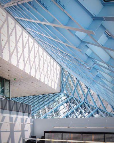 Architecture Seattle Diagonal Architectural Feature Contemporary Rem Koolhaas Library Library Building Architectureporn Architectural Detail Seattle Public Library Postwar Architecture Postmodern Architecture Emptyness Architecture Built Structure Modern No People Day Ceiling Pattern Roof Indoors  Sunlight
