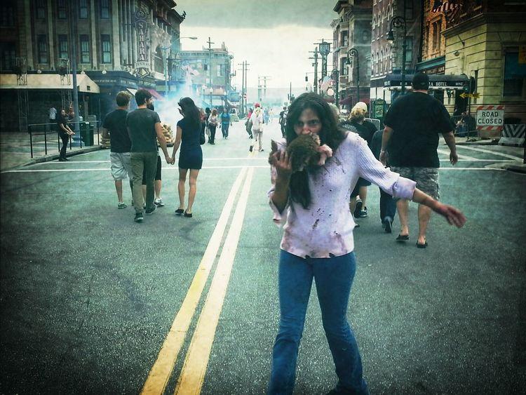 Zombies  Halloween Horror Nights Universal Studios  Funfunfun