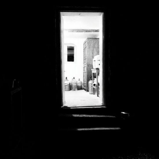 Silhouette Türkiye Black & White Blackandwhite Old Doors Beyondthedoors Urbanphotography Popüler Fotoğraflar Urban
