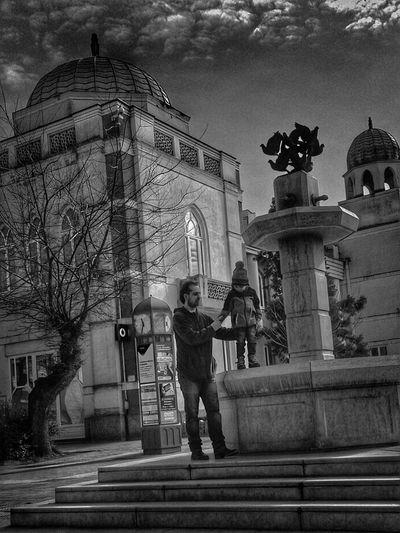 Blackandwhite Black And White Black & White Black&white Blackandwhite Photography Black And White Photography Childhood Child Father Father & Son Buildings City Urban Mobilephotography