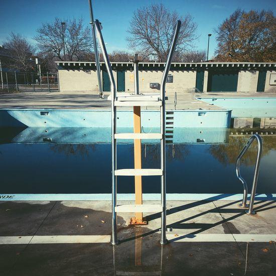 Piscine Parc Pelican Park Swimming Pool Rosemont Montréal MTL Swimming Pool Fall VSCO