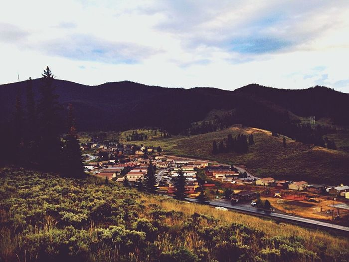 My ex-boyfriend actually took this while in Colorado. I edited it and he loved it :) Colorado I Wanna Go Here Mountains Town So Pretty<3