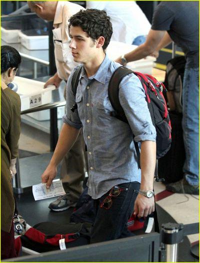 Nick Jonas JonasBrothers