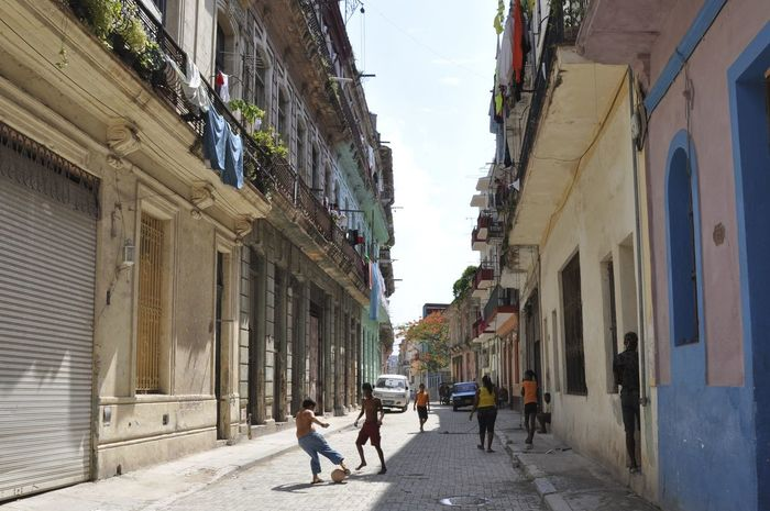 Architecture City Colonial Colonial Architecture Cuba Football Havanna, Cuba People Streetlife Streets Of Latin America First Eyeem Photo Been There.