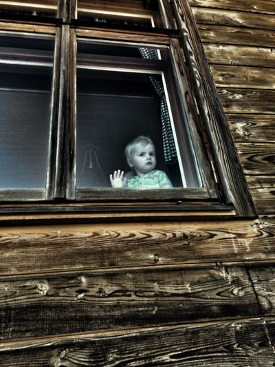Child Childhood The Week On Eyem Old House Old House, Scary Old House And Child Window And Child