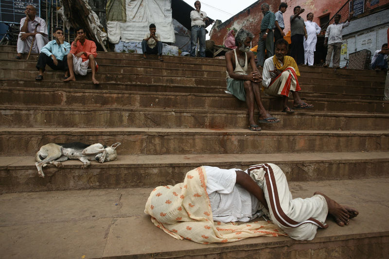 Benares Covered Covered Face Daily Life Dogs Ganges River Ghats  Hindu India Lifestyles Man Sleeping On The Street North India Real People Sleep Sleeping Sleeping Dog Sleeping On The Floor Stairs UttarPradesh Varanasi