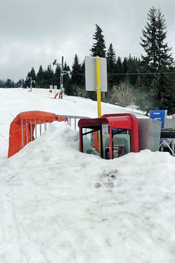 Phone booth in snow Cold Temperature Holydays No People Outdoors Phone Booth Ski Center Ski Destination Ski Resort  Snow Travel Destinations Winter Winter Holidays