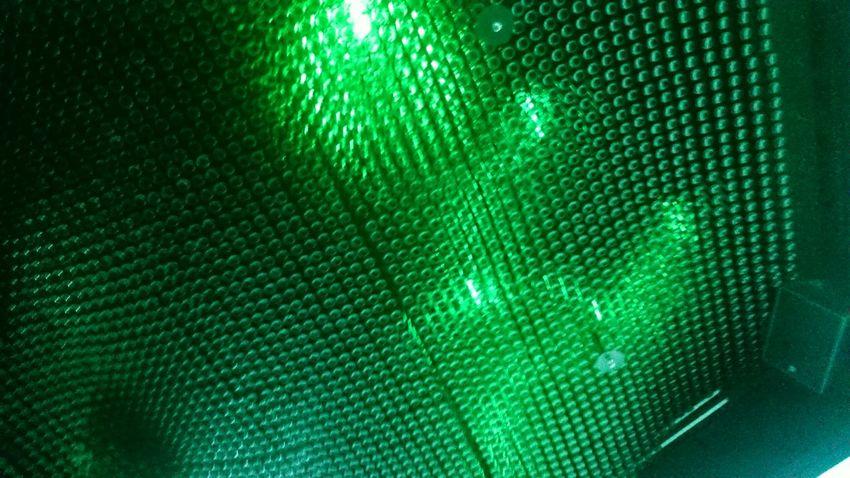 El Techo echo de Botellas de Cerveza Heineken en la Fábrica de la Cerveza Heineken en Amsterdam