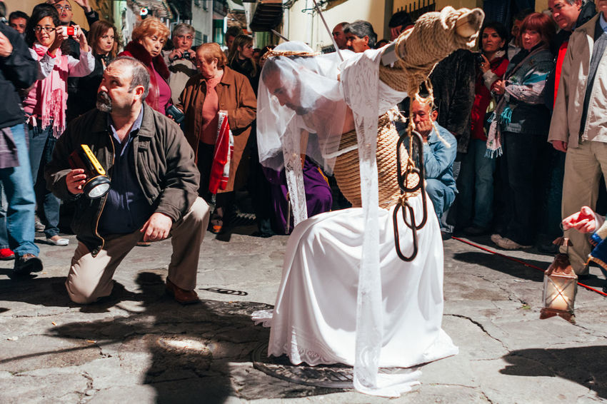 """ritual of penance """"los empalaos"""" Self Punishmen Christianity Cross Crown Of Thorns Extremadura Faith Holy Thursday Religion And Tradition Ritual SPAIN Tradition Belief Catholicism Editorial  Empalaos Expiation Faithful Kneeling Los Empalaos Penitence Procession Religion Religion And Beliefs Rite"""